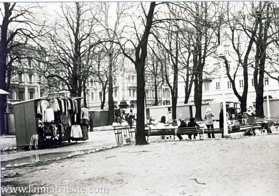 Piazza Libertà anni '70